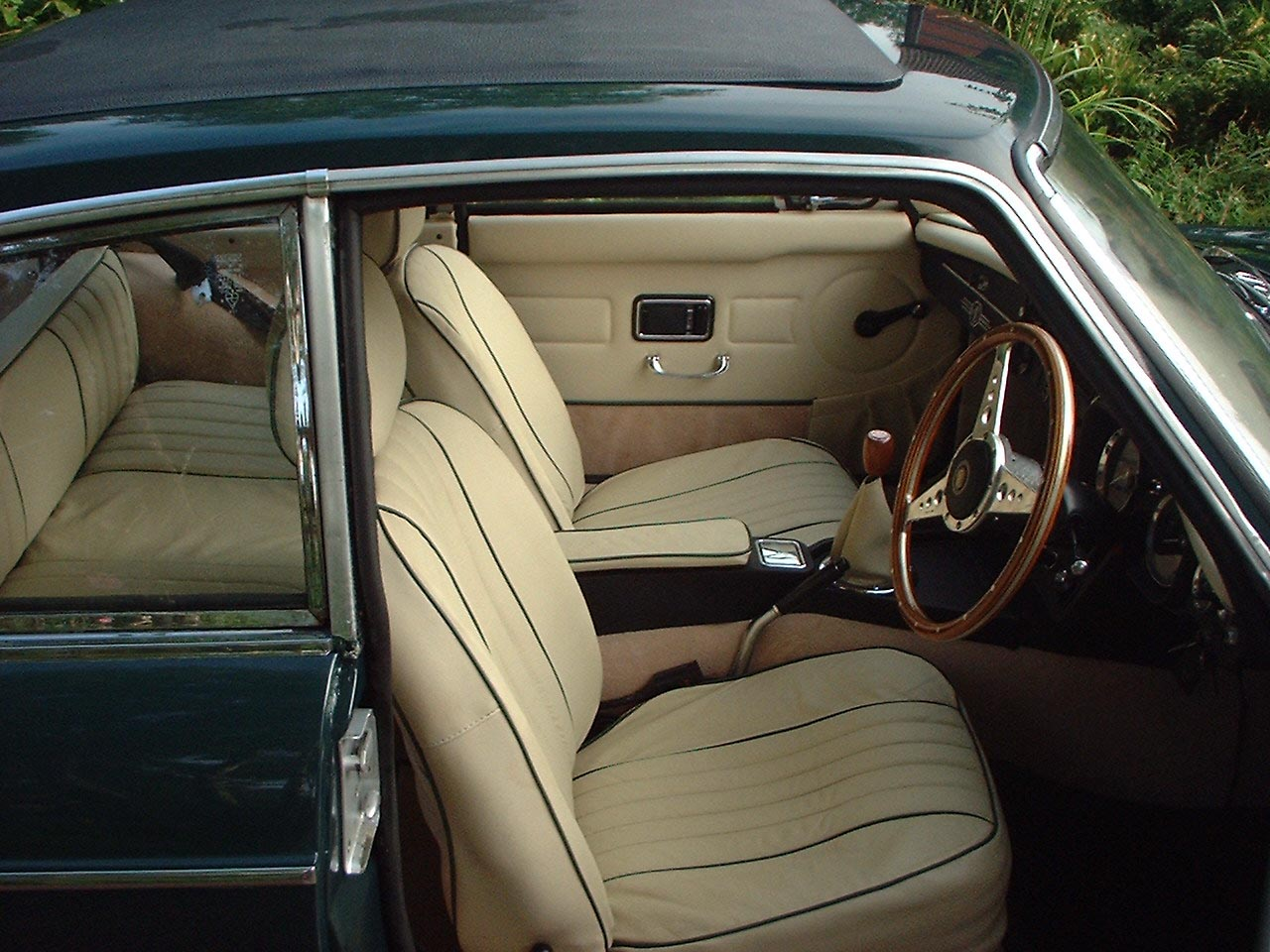 mgb gt interior the mg owners 39 club. Black Bedroom Furniture Sets. Home Design Ideas