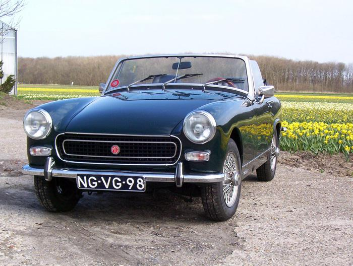 2 years and a few quid changed this MG from a bright orange R.B Midget into a BRG C.B. Worth every penny....