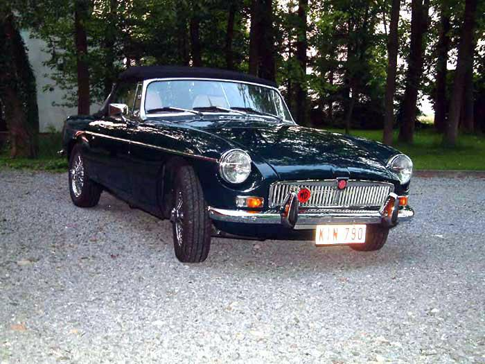 MGB 1978 fully restored (Liege, Belgium). See it at: http://www.geomatique-liege.be/MGJP/Pages/PlanSite.htm