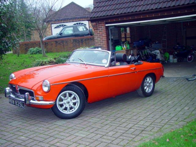 No matter how down in the dumps you may be, jumping in an MGB makes you feel on top of the world!!