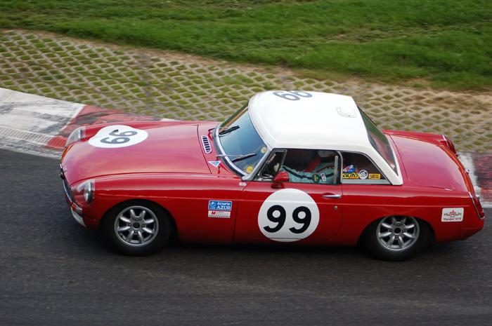 Six Hour endurance race - Bob Ridgard's car