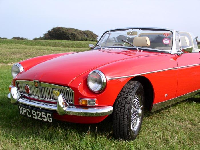 MGB Roadster 1969 at Beachy Head September 2006