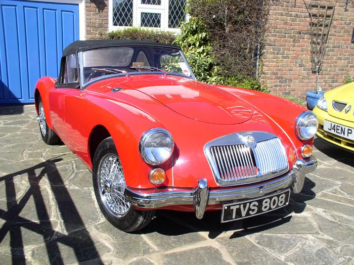 1959 MGA 1600 in Chariot Red