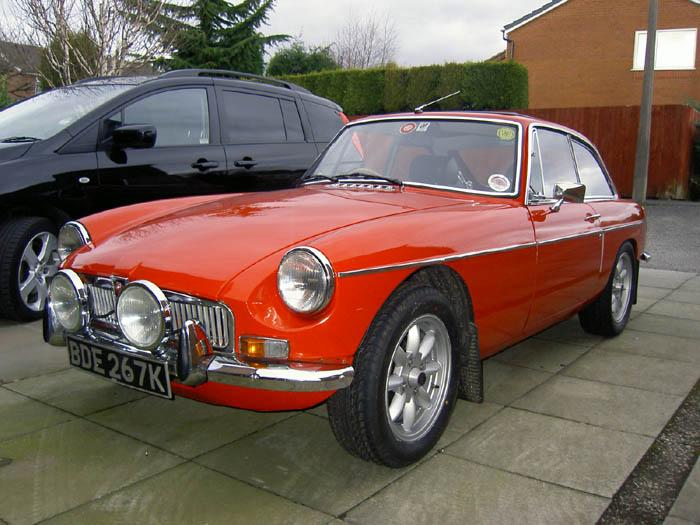 Recently purchased this MG. Lovely condition inside/outside/ underneath. A lucky find on Ebay !