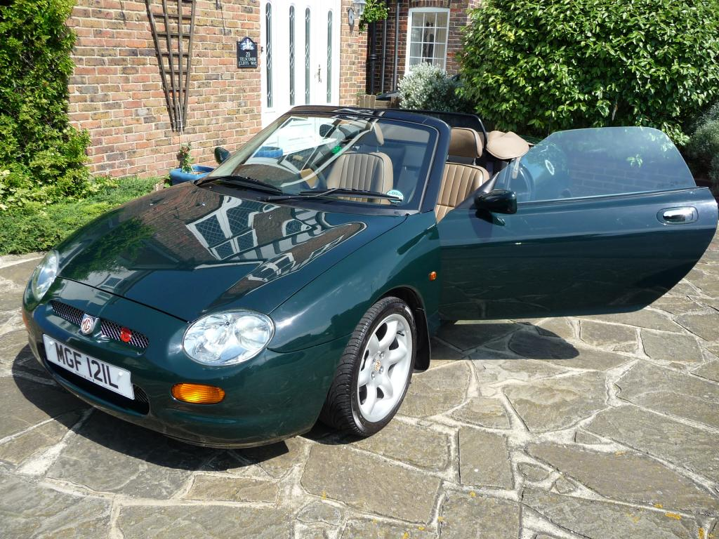 MGF 1.8i Abingdon Limited Edition (1998) - Brooklands Green - walnut leather upholstery