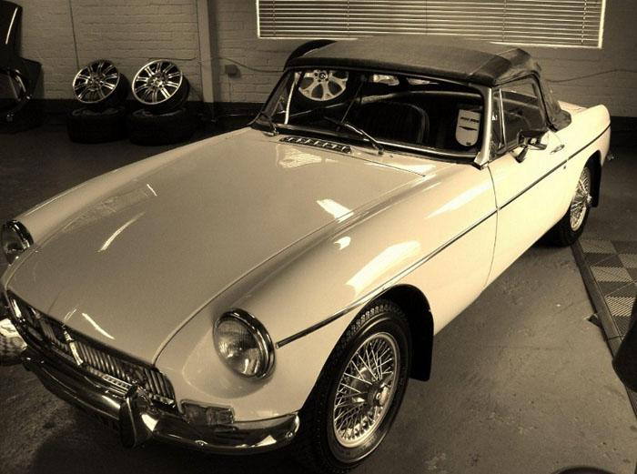 White 1972 MGB Roadster OMP 107K -recently purchased and now in Aberdeenshire, older resto and awaiting respray.
