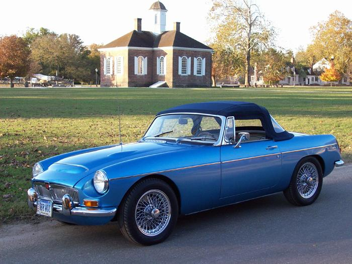 Riviera Silver Blue Metallic 68 MGC at Colonial Williamsburg VA,USA 2009