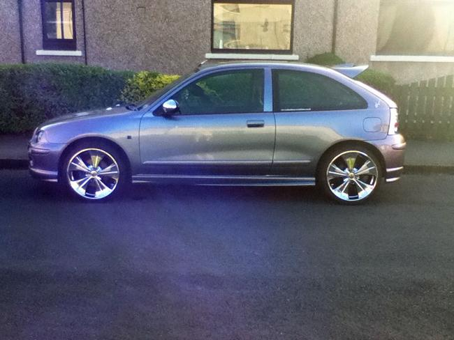 My mg zr 245bhp 18inch crome rail rims hand made stanless exhust full leather interior