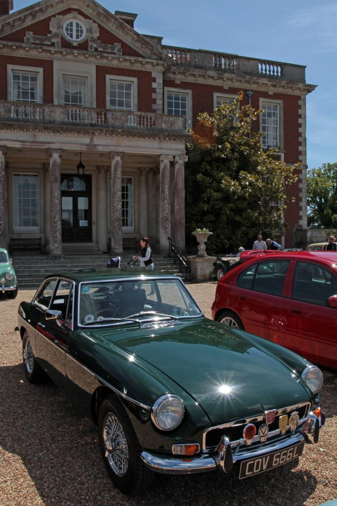 Our first ever MG event, thanks to Solent MGOC for helping us to attend!